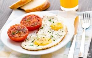 اهمیت صبحانه در نرم افزار رژیم درمانی هایپردایت