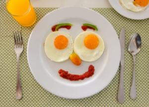 کاهش سطح حافظه در صورت عدم وجود صبحانه مفید در رژیم غذایی و رژیم درمانی
